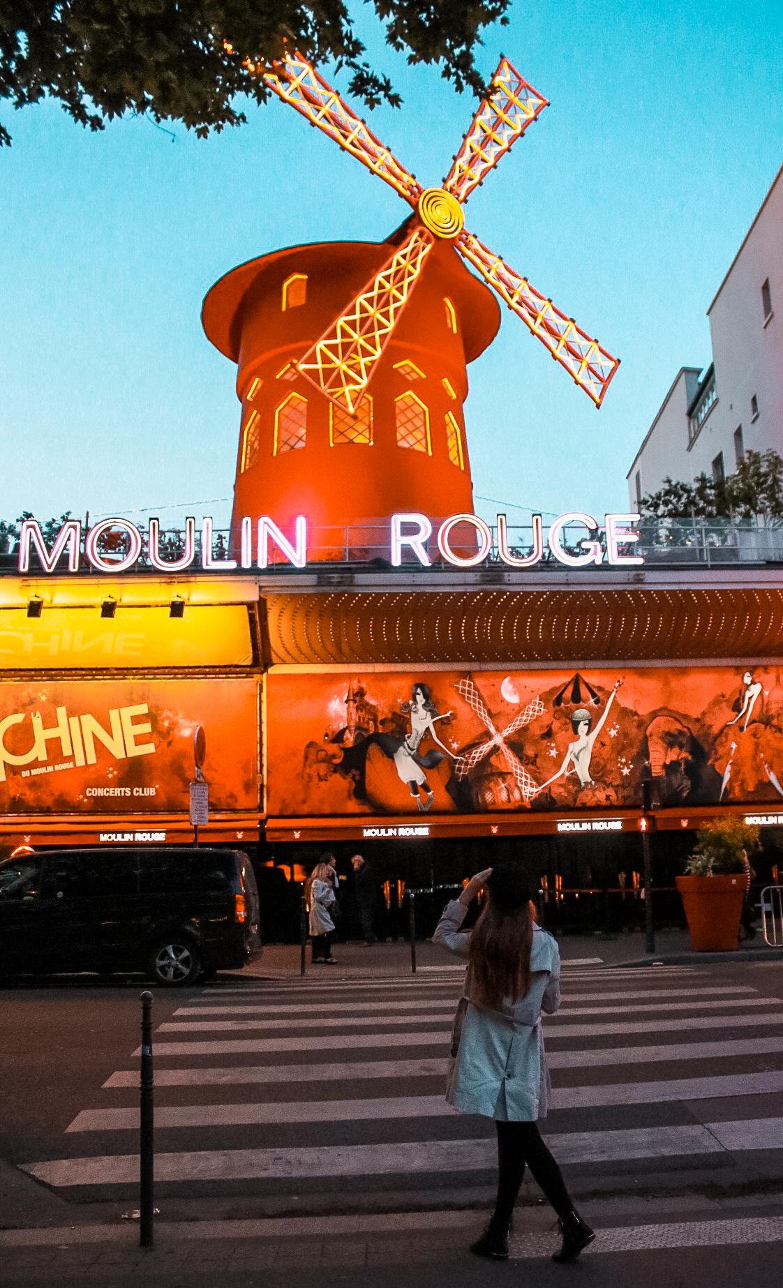 moulin rouge Top 10 Photo Spots in Paris