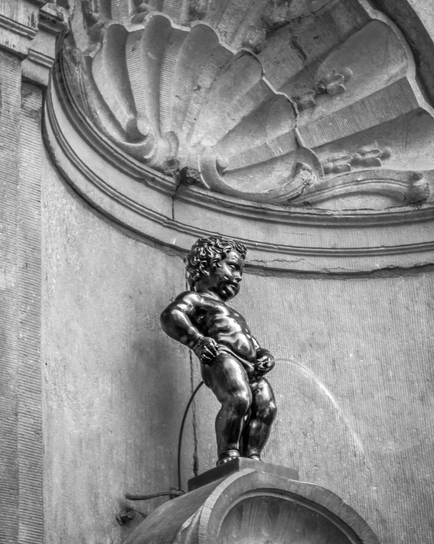 The Manneken Pis in Brussels Perfect 2 day Brussels itinerary