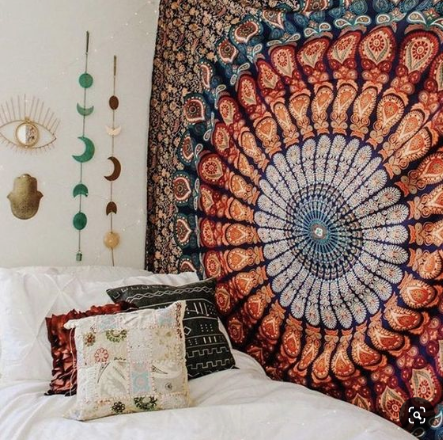 fall dorm decor ideas tapestry